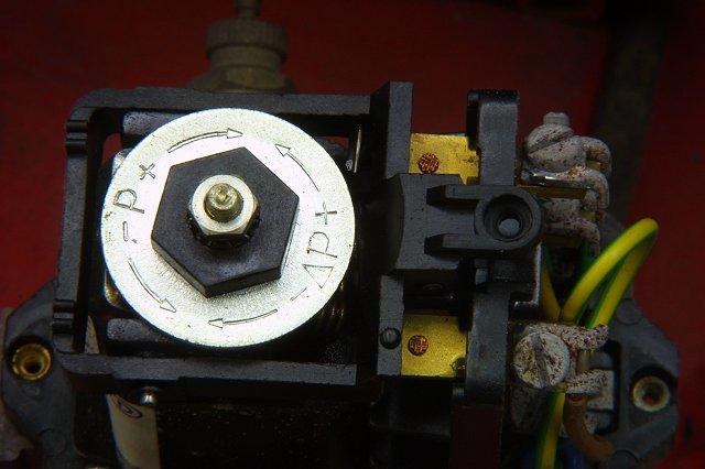 kompressor wie stelle ich den druckschalter ein werkzeuge maschinen. Black Bedroom Furniture Sets. Home Design Ideas