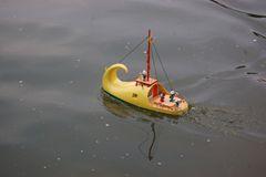 Schuster bleib bei deinen Schiffen?