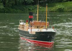 Gowerian. Schaufahren Mönchengladbach 21.06.2009. Modell eines schottischen Küstenfrachters nach fast abgeschlossener Überarbeitung (Rumpfbeplattung und Details).