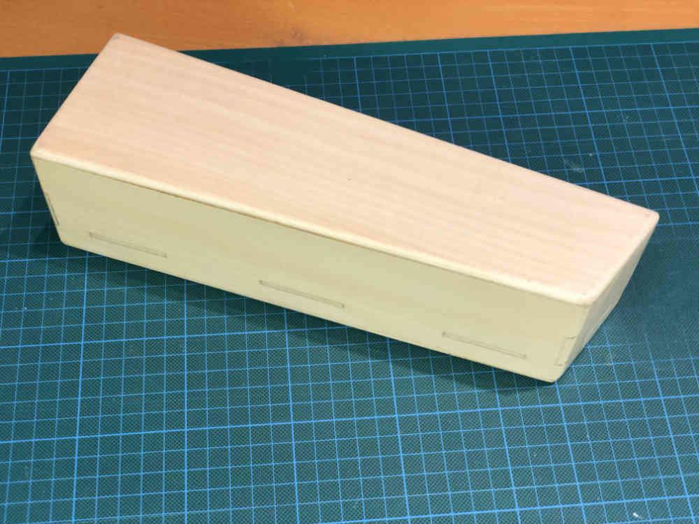 Box.jpg.edff08187a7587c61908100e6385d21b.jpg
