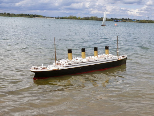 SMV Königsbrunn e.V. SOS TITANIC